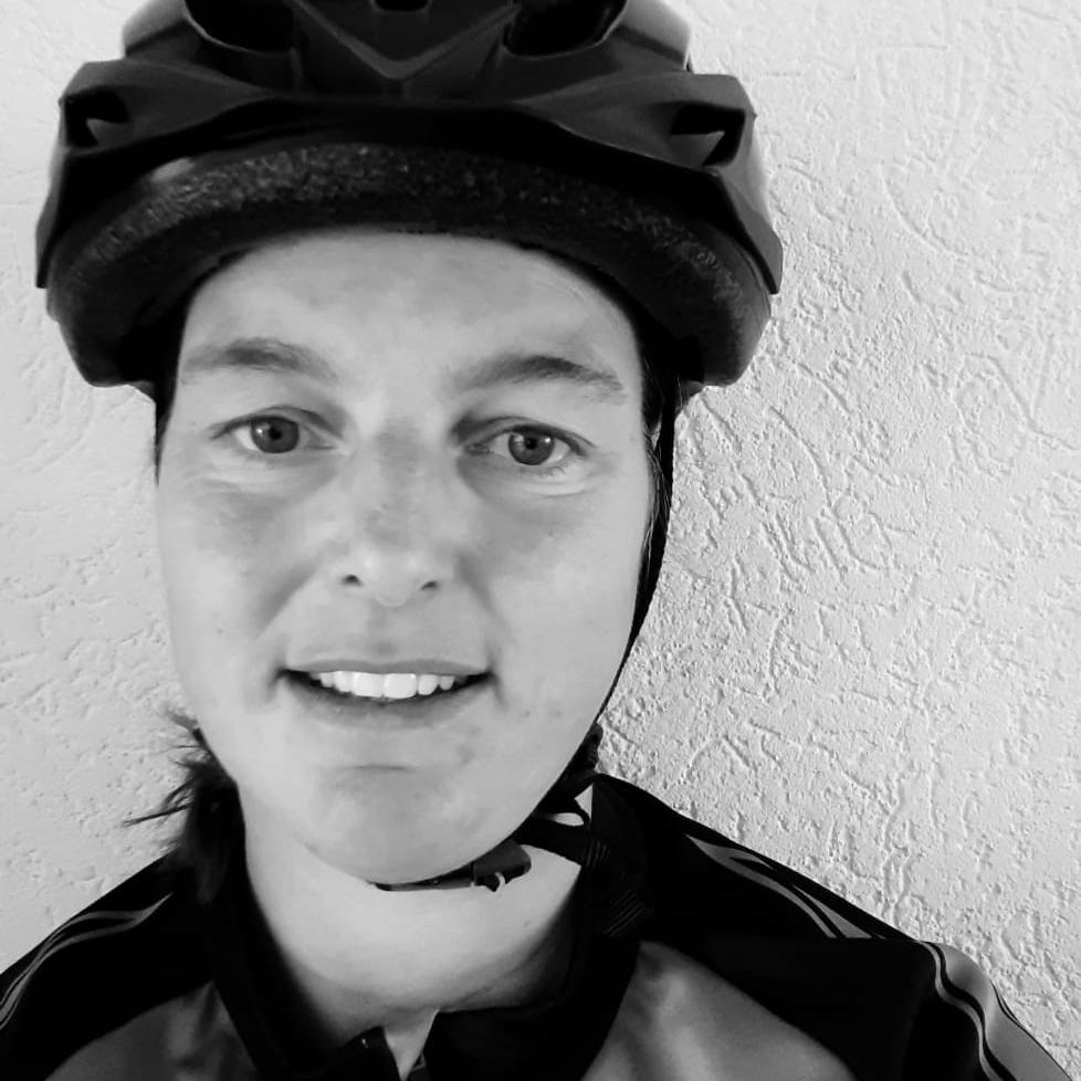 portretfoto fietskoerier jenny bontekoe